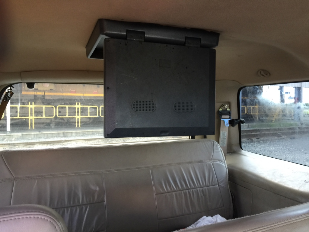 Gray (LA) United States  city images : Description Or trade for crew cab truck or gas saver car 4d