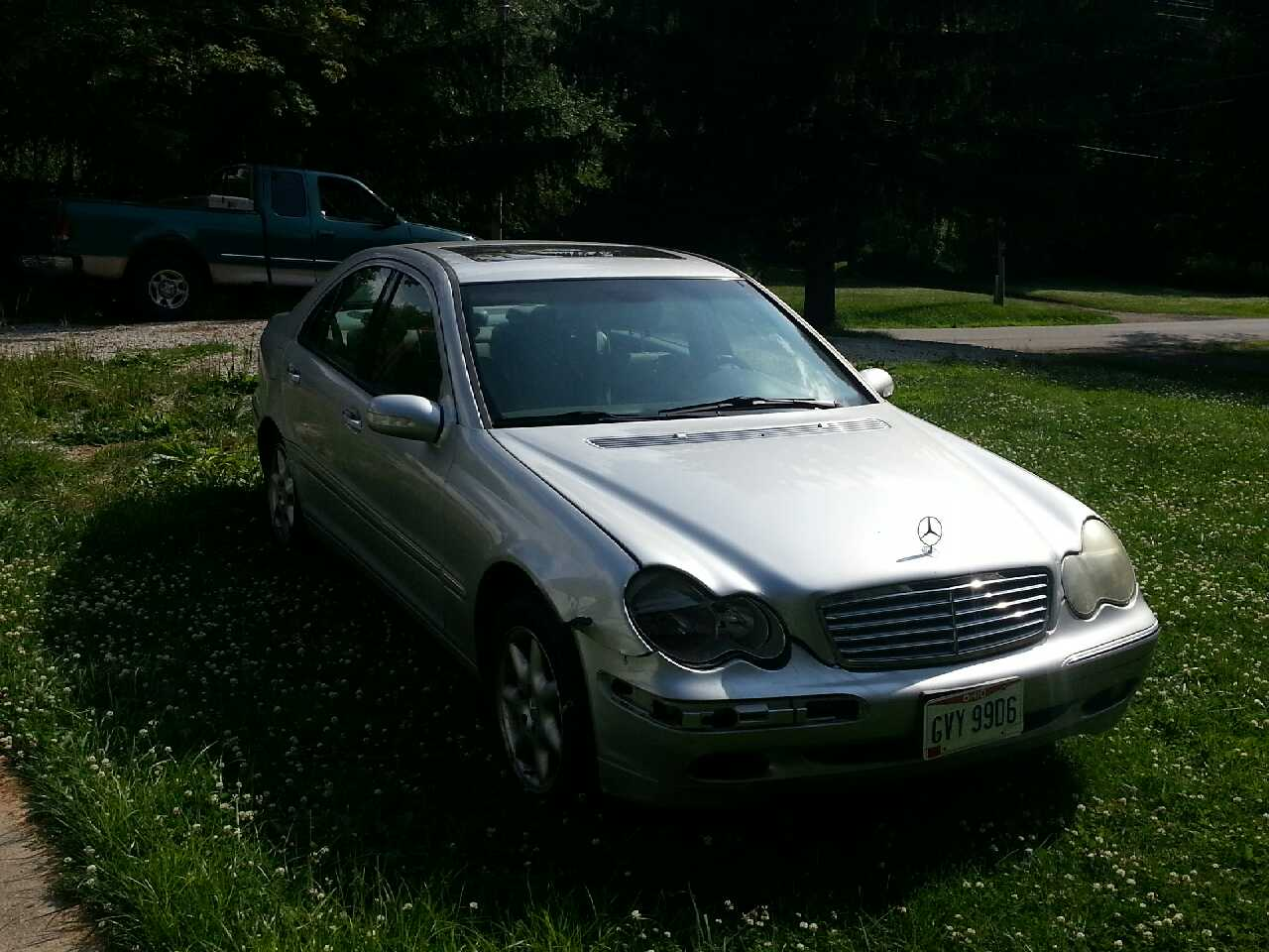 Letgo 2001 mercedes benz c320 in mansfield oh for Mercedes benz c320