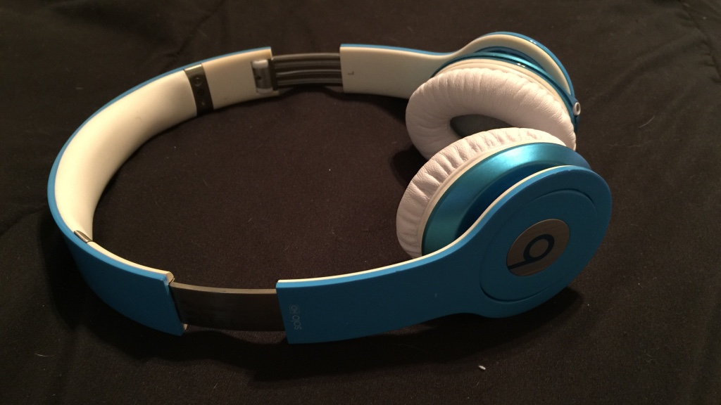 Beats by dre baby blue / Vacaville ice sports