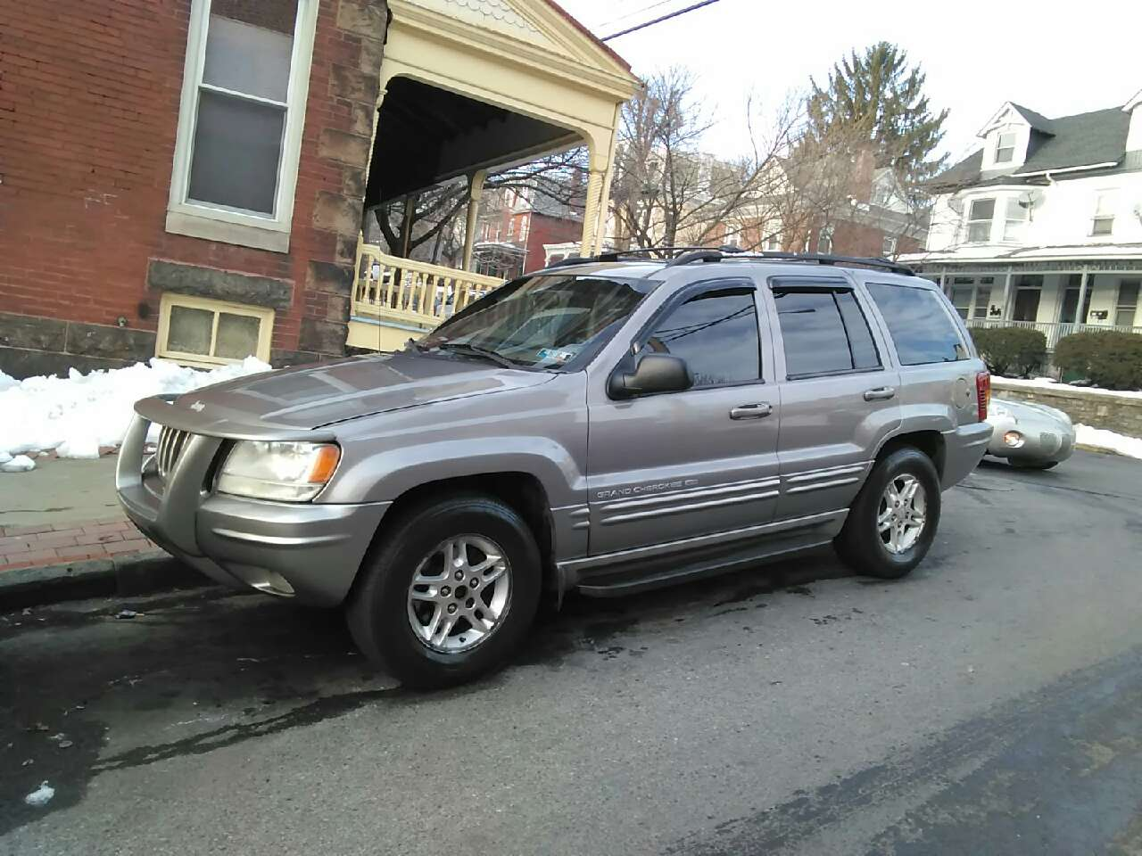 letgo 99 jeep grand cherokee limited in west reading pa. Black Bedroom Furniture Sets. Home Design Ideas