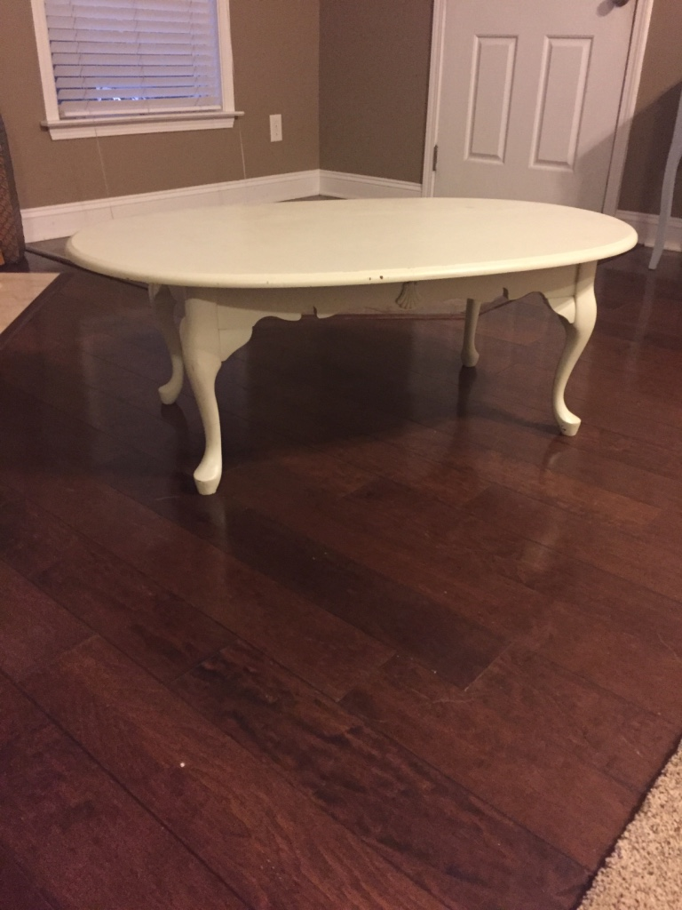 Carolina Charlotte Home And Garden White Wooden Oval Coffee Table