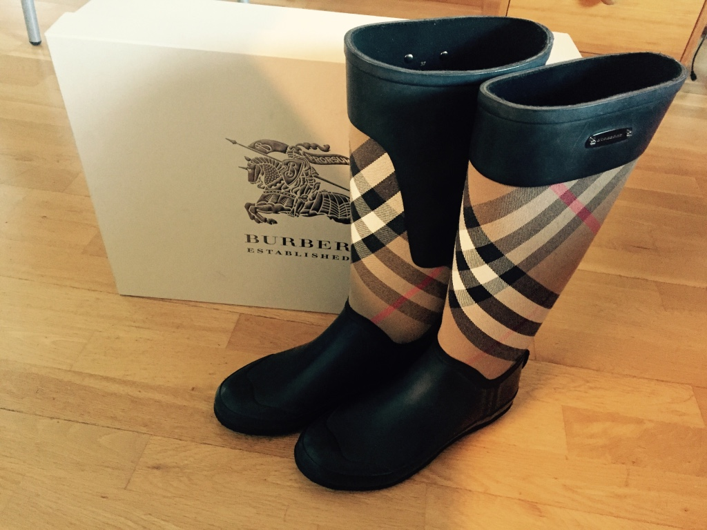Burberry checked rain boots
