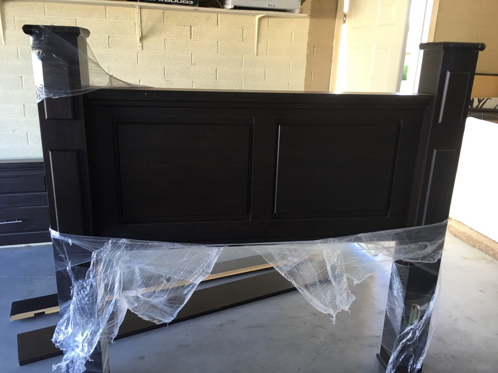 Letgo queen size headboard and footboard in phoenix az for Queen size footboard