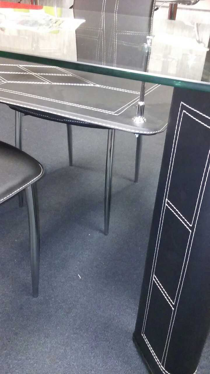 Letgo Glass Dinning Table In Duncanville Tx