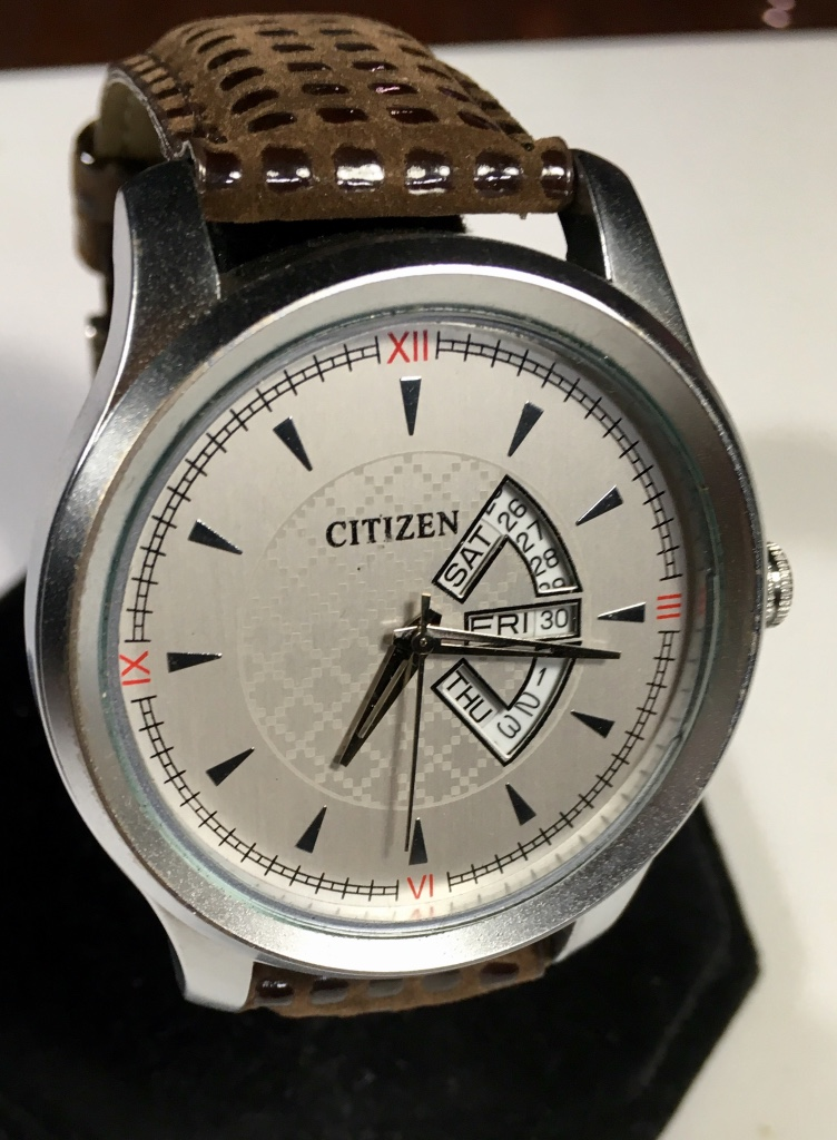 Citizen Men's Watch Cream Dial Red Accents