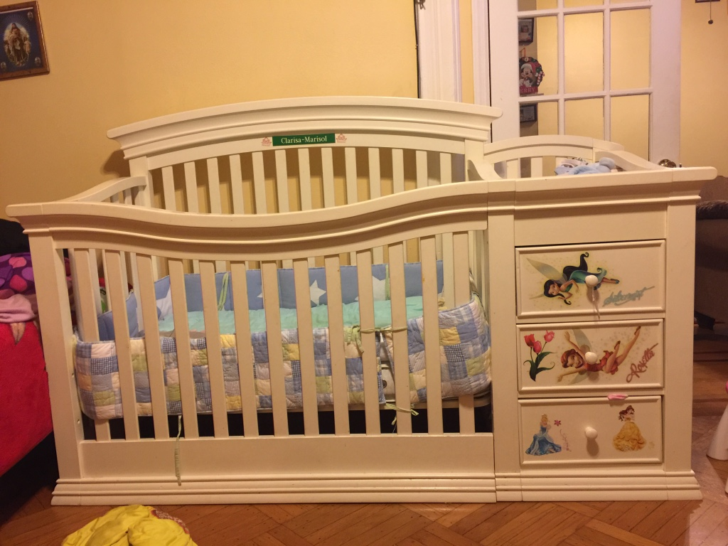 Used crib for sale in nj - White Wooden Crib With Changing Table