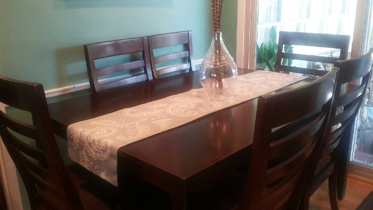 Letgo 7 piece dark wood dining in north long beach ca for Long dark wood dining table