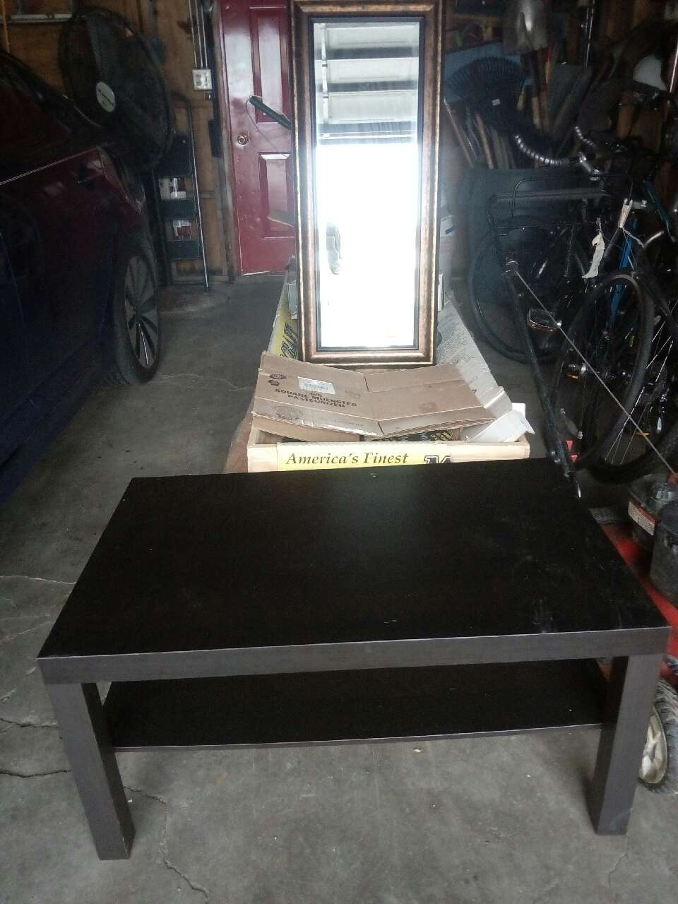 Letgo black coffee table in wicker park il for Table 52 parking