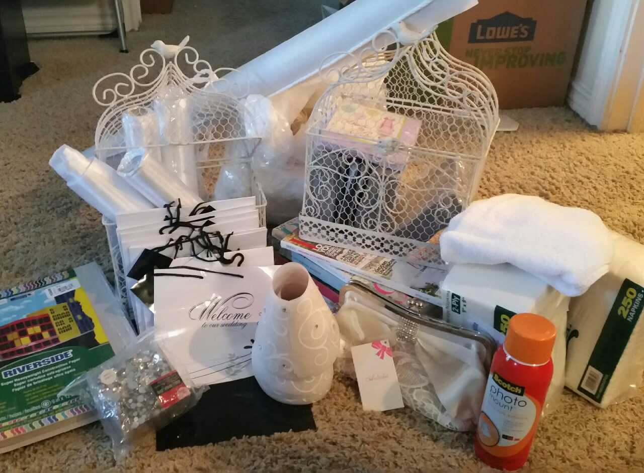 Letgo wedding decor and supplies lot in irving tx for Home decor 75063
