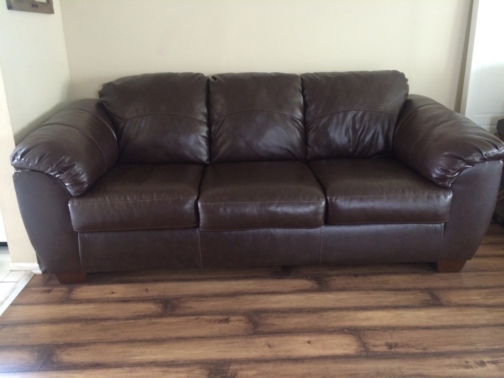 Home and garden in california letgo page 2 for Sofa bed 92870