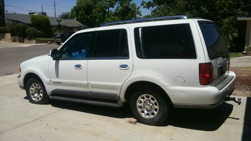 letgo 1999 lincoln navigator w gre in arco station ca. Black Bedroom Furniture Sets. Home Design Ideas