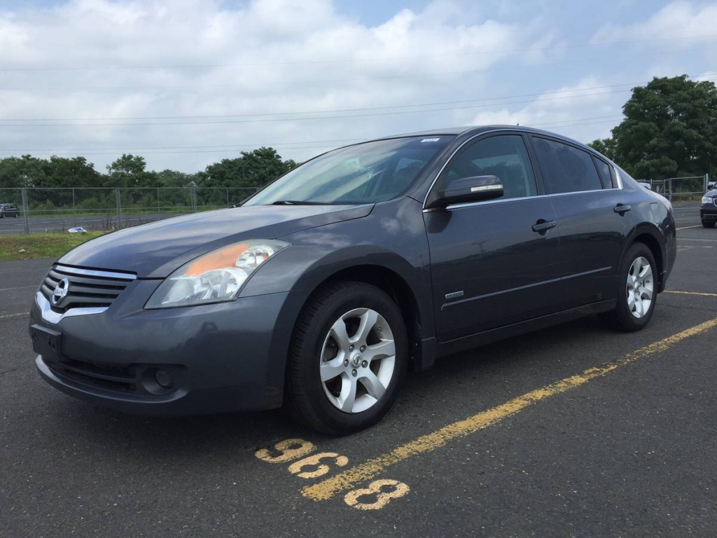 letgo 2008 nissan altima hybrid in howard beach ny. Black Bedroom Furniture Sets. Home Design Ideas