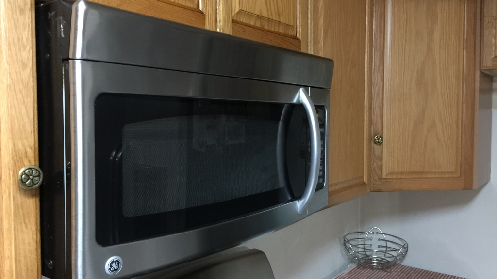 Microwave With Exhaust Fan ~ Letgo microwave plus exhaust fan stainl in hurleton ca
