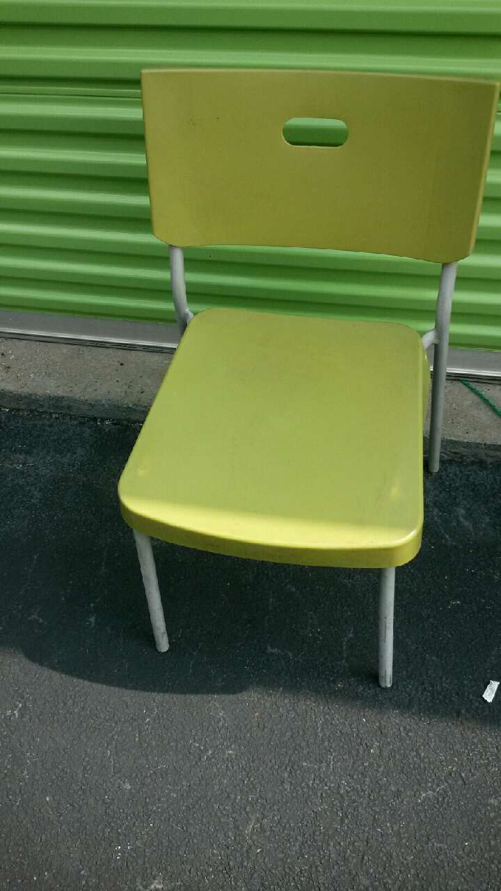 Letgo sport figures in lilburn ga for Cute side chairs