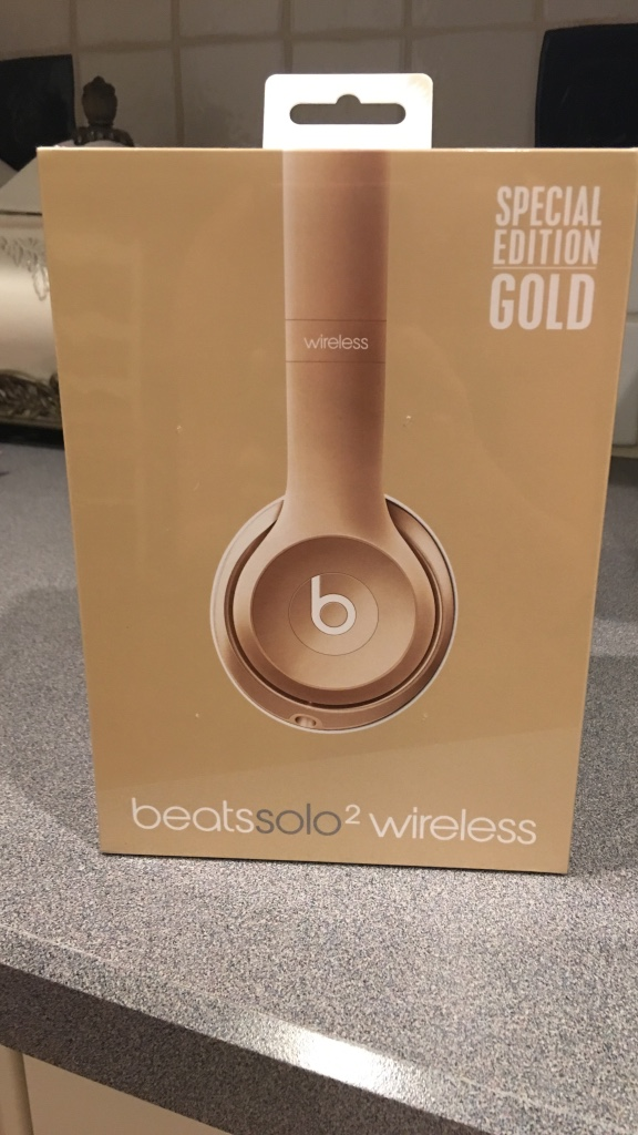 beats by dr. dre brown wireless solo2 headphones