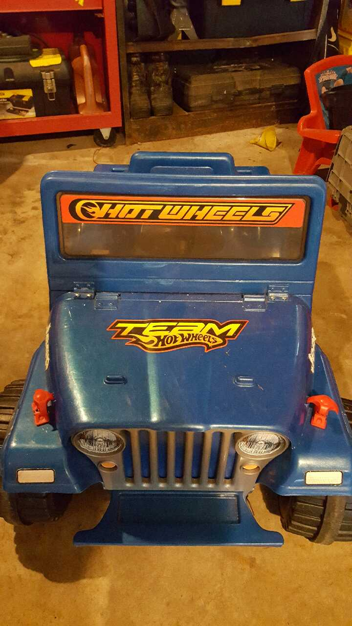 Letgo hot wheels power wheels jeep in fombell pa for Hot wheels motorized jeep