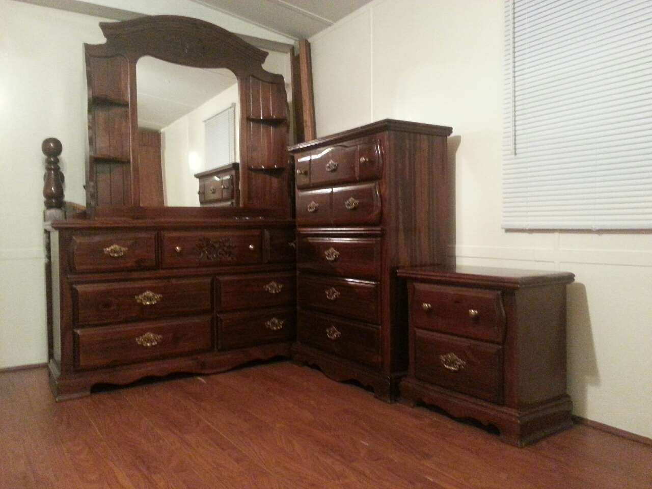 Letgo Real Wood 4 Piece Bedroom Set In Coats Nc