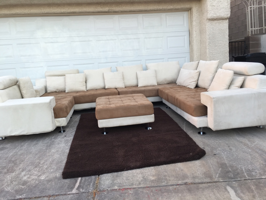 Letgo white and brown sectional sofa in las vegas nv for Sectional sofa las vegas
