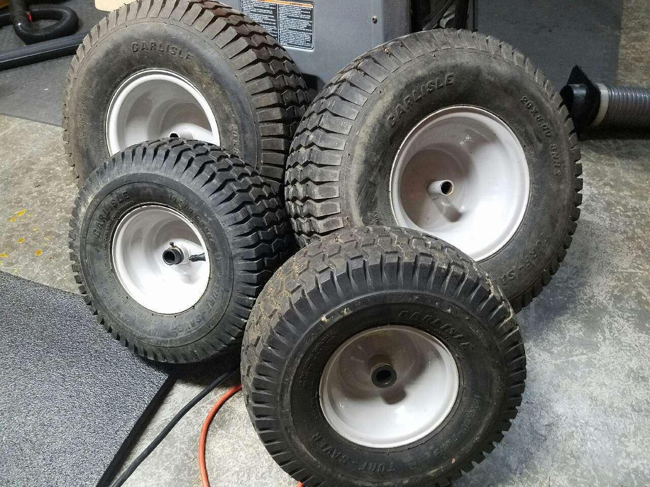 Lawn And Garden Tractor Tires : Letgo lawn tractor tires and rims in saint bethlehem tn