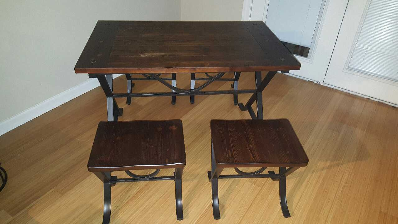 letgo picnic style dining table and chairs in west tn. Black Bedroom Furniture Sets. Home Design Ideas