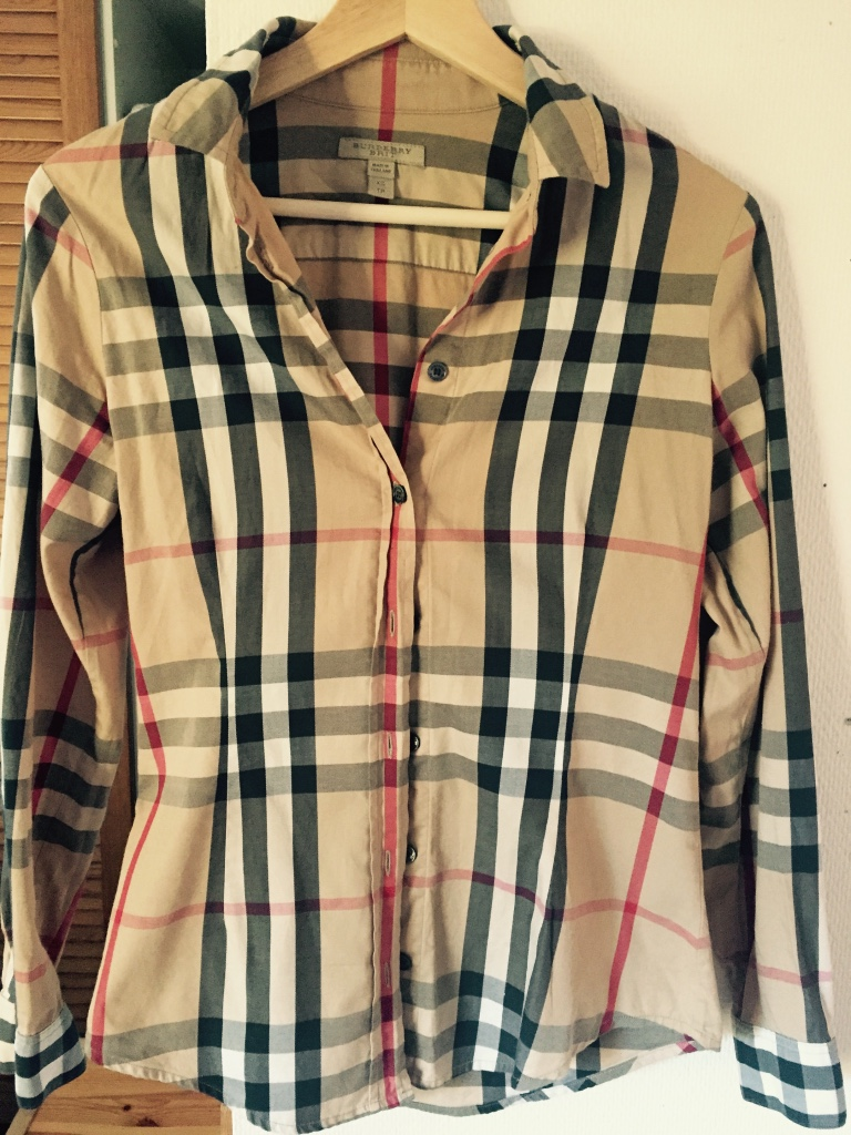 Burberry button up long sleeve collar shirt