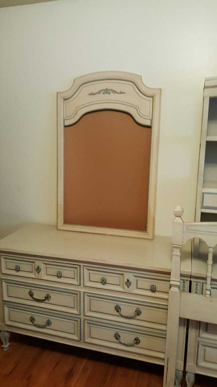 letgo dixie bedroom furniture set in glenwillow oh dixie 7 piece king bedroom set rcwilley image1 800 jpg