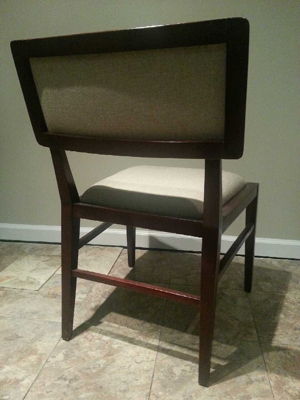 Letgo dining room chairs in centreville va - Sturdy dining room chairs ...