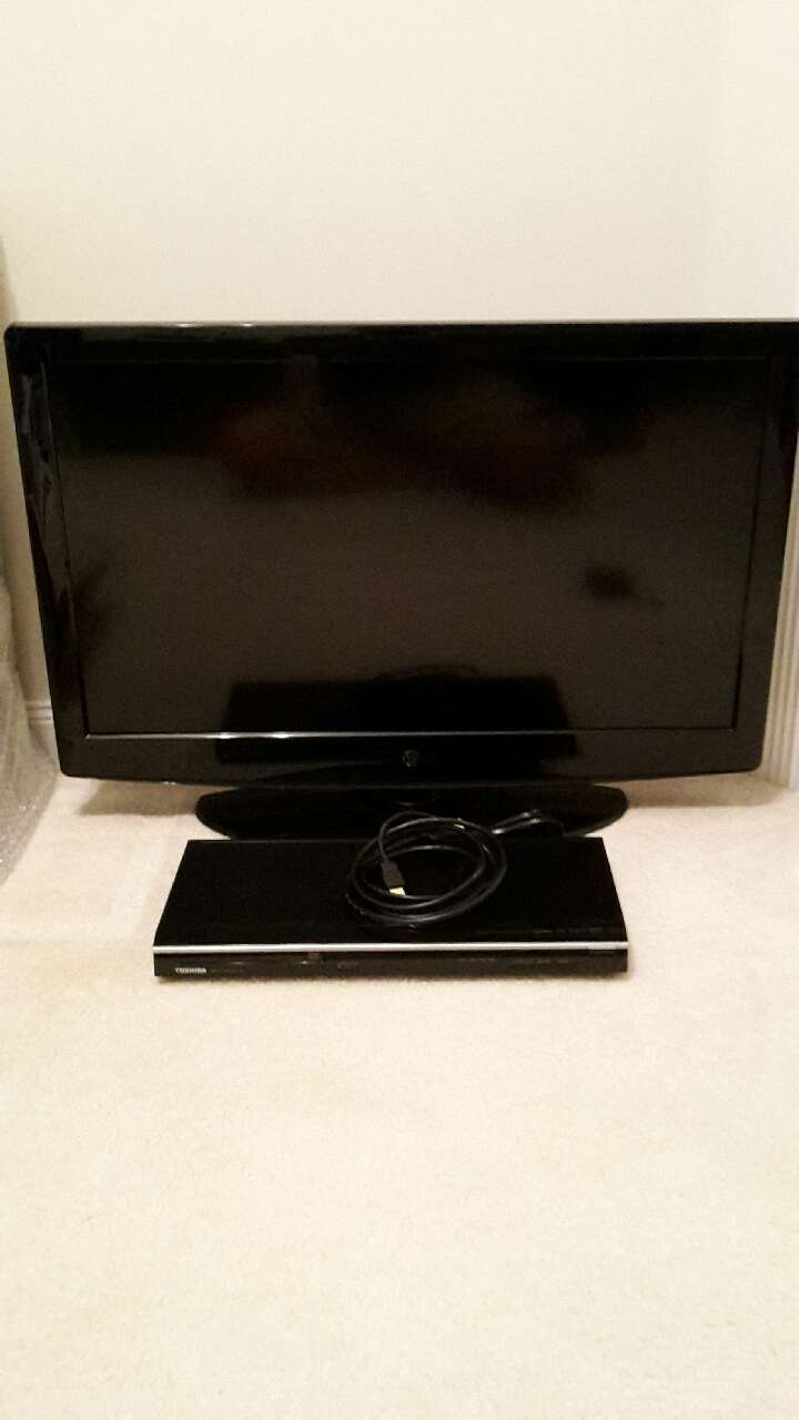 "32 "" Westinghouse TV and Toshiba DVD player"