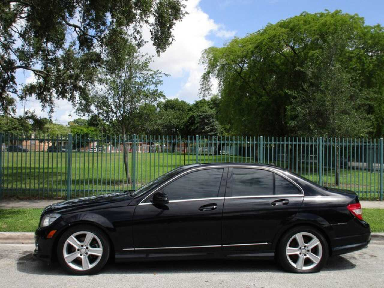 Letgo 2010 mercedes benz credit builde in seybold fl for Mercedes benz credit