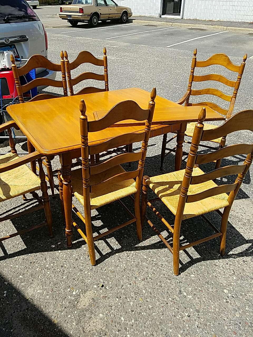 Letgo Solid Wood Kitchen Table W 6 C In Coon Rapids Mn