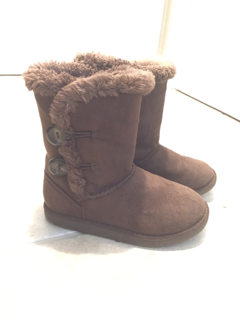 ugg boot outlet in california