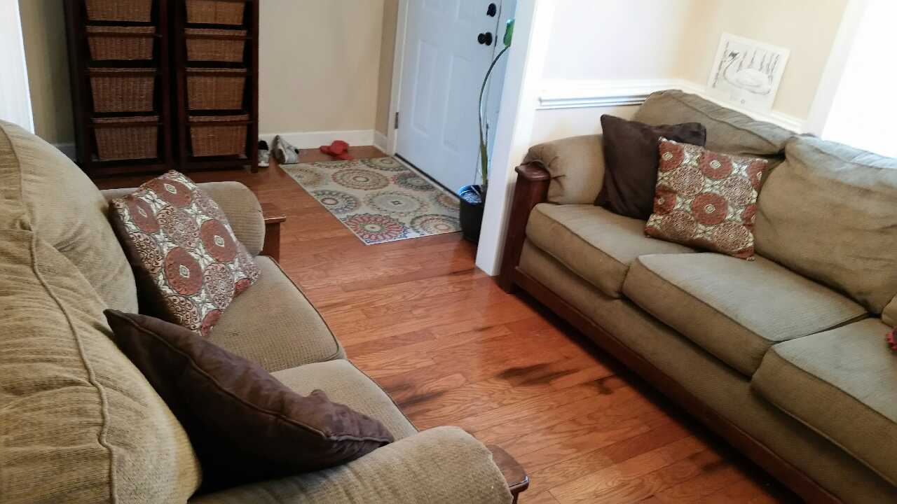 Letgo couch and loveseat combo in surfside sc for Sofa loveseat combo