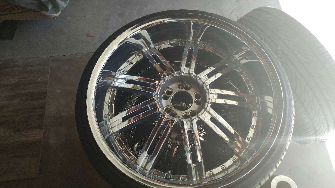 Letgo 5x120 22 Wheels 245 30 Serie In Bixby Knolls Ca