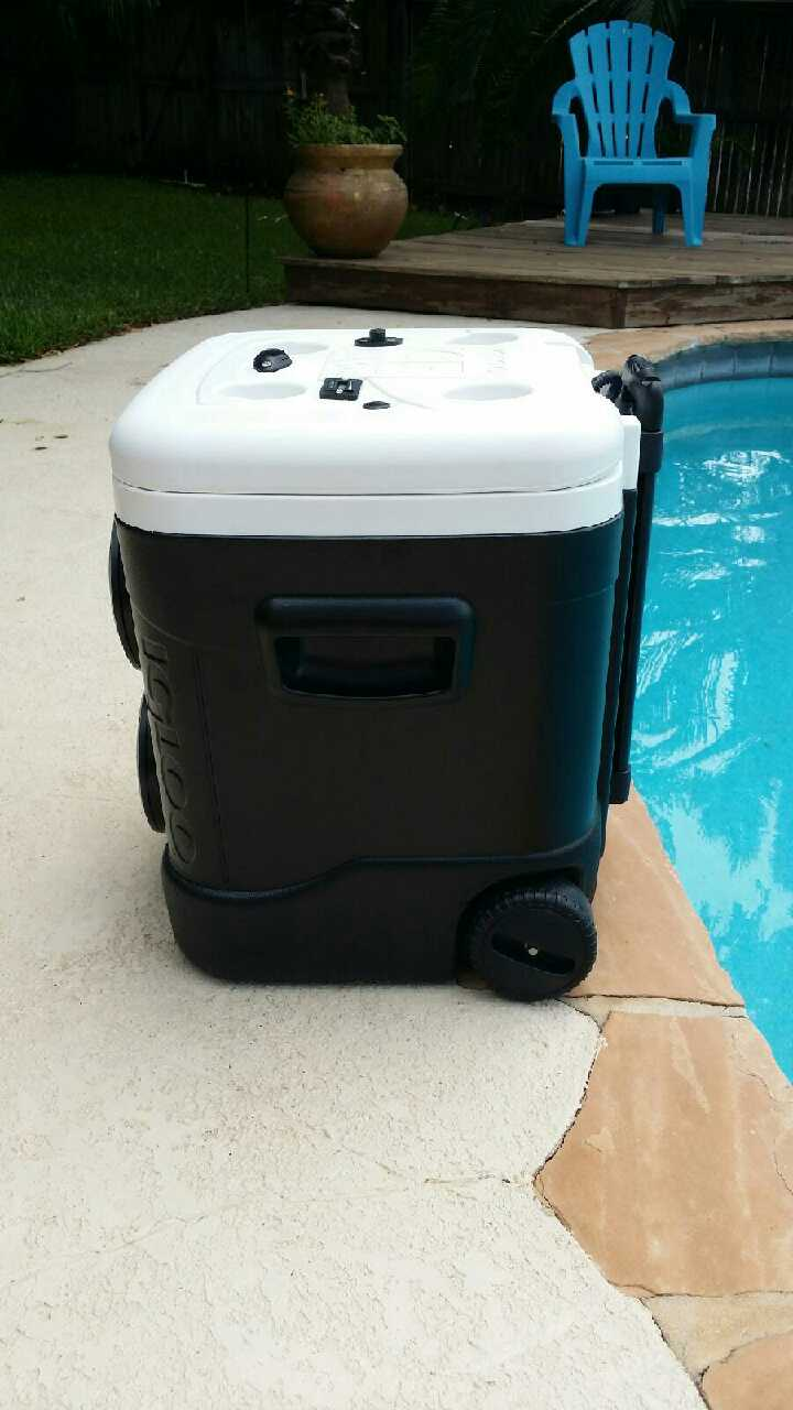 Ice Chest Radio - Waterproof, Charge Play