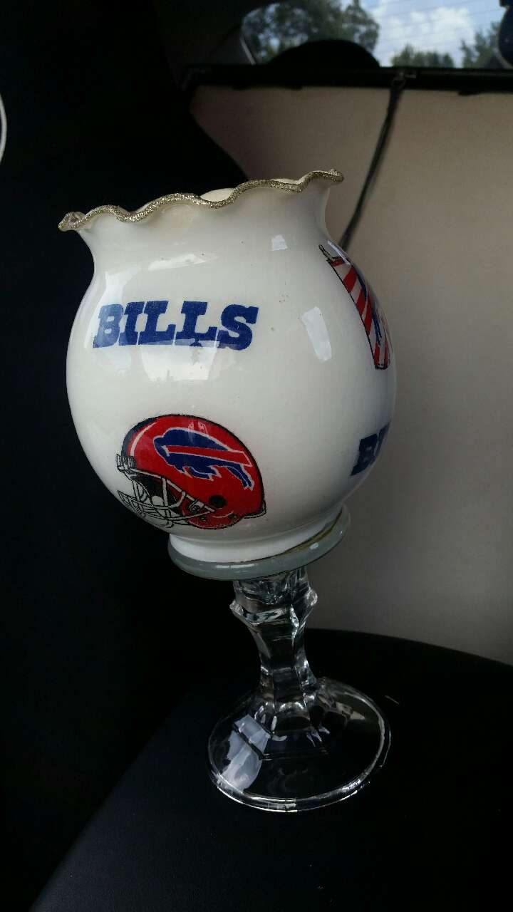 Letgo BUFFALO BILLS PORCELAIN DECOR In Memphis TN