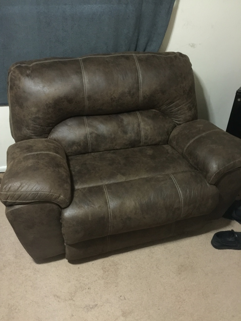Letgo Two Person Lazy Boy Recliner In Lockport Il