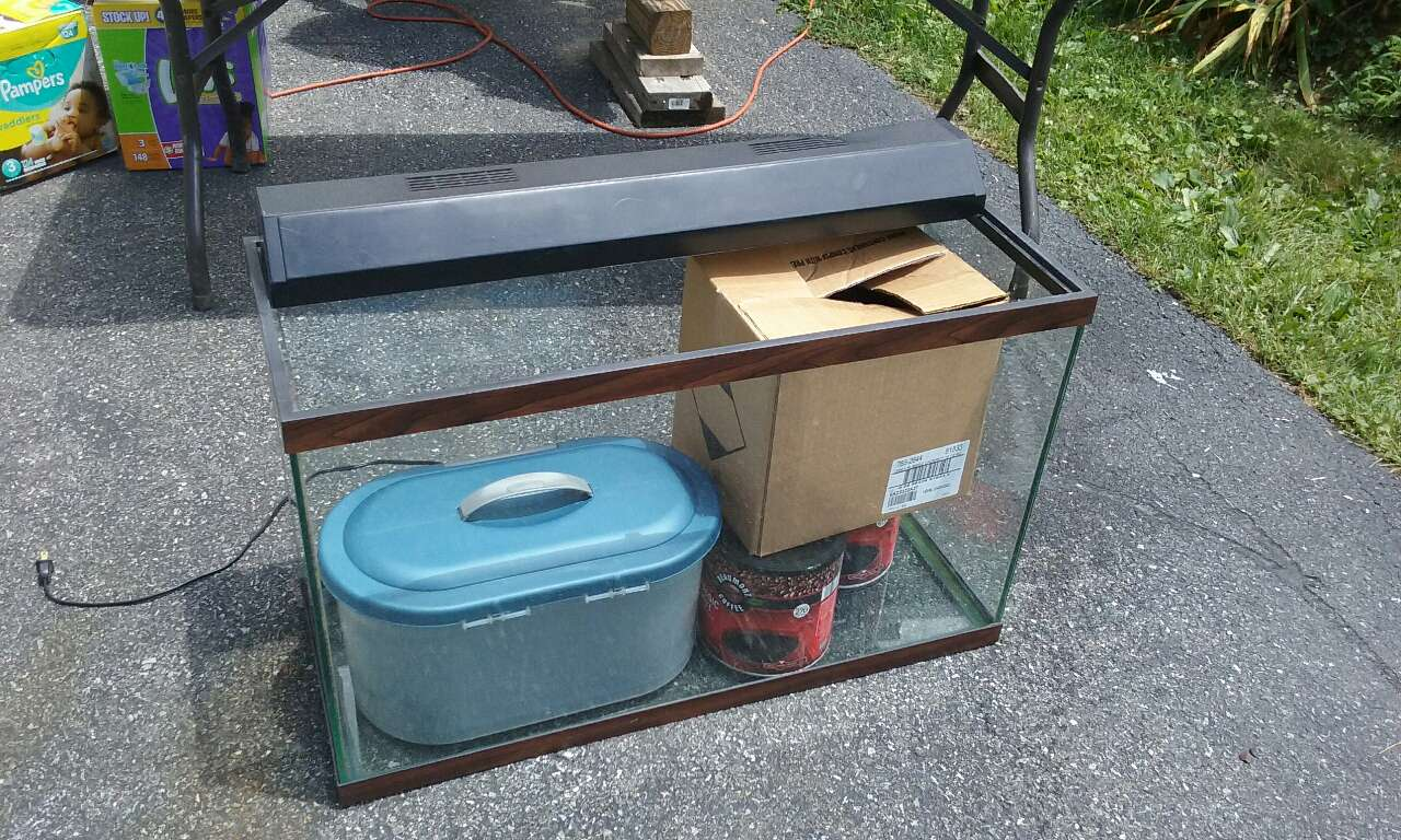 Letgo Fish Tank In Slatington Pa