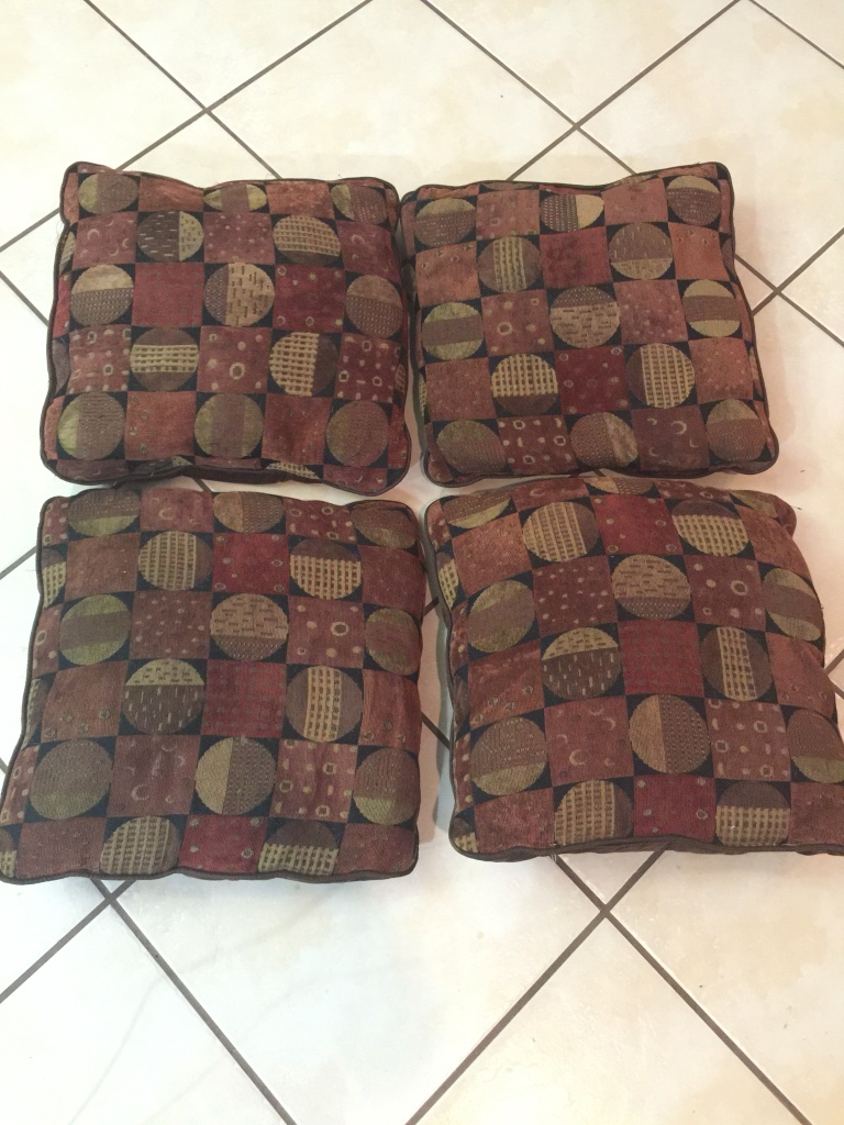 letgo - Brown, tan and red throw pillow. P... in Midland, TX