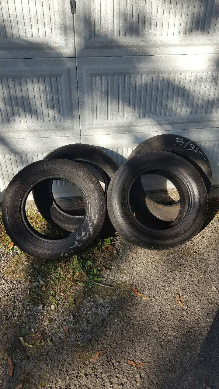 letgo used tires for sell p195 65r15 in miller place ny. Black Bedroom Furniture Sets. Home Design Ideas