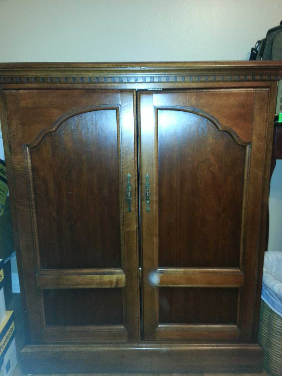 Letgo solid wood tv cabinet in gulfport ms