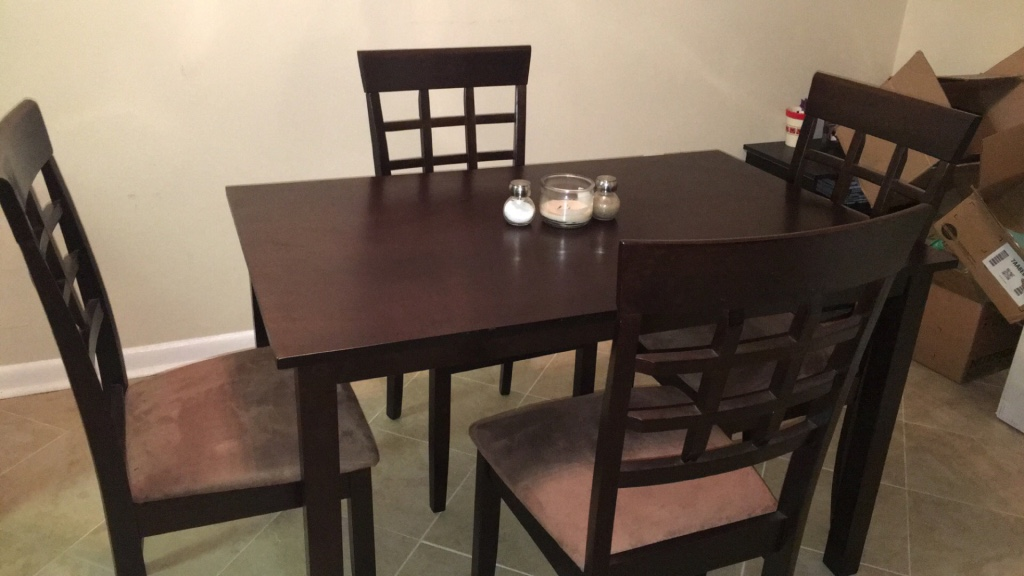 letgo brown kitchen table in commerce bank pa
