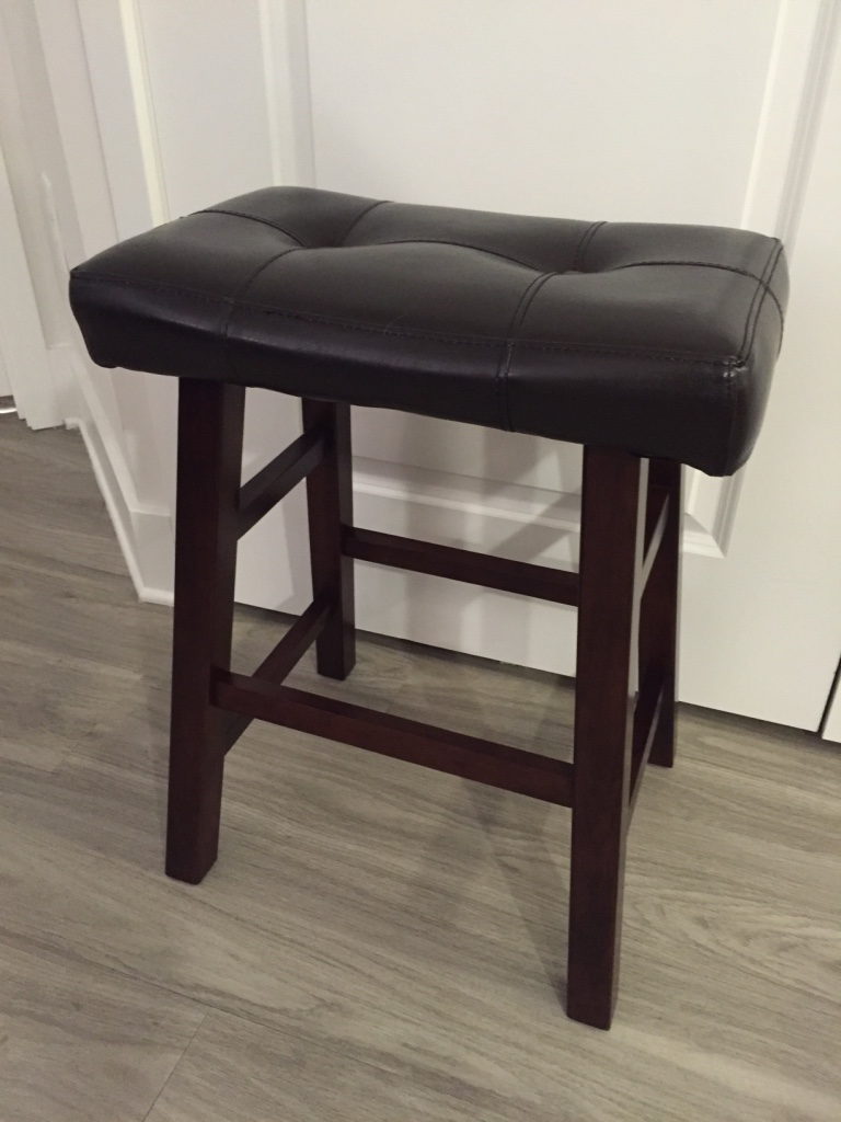 letgo 2 Saddle Leather Bar Stools in Winter Park FL : 50c35444978907fa60aa981ddb457e77 from us.letgo.com size 768 x 1024 jpeg 172kB