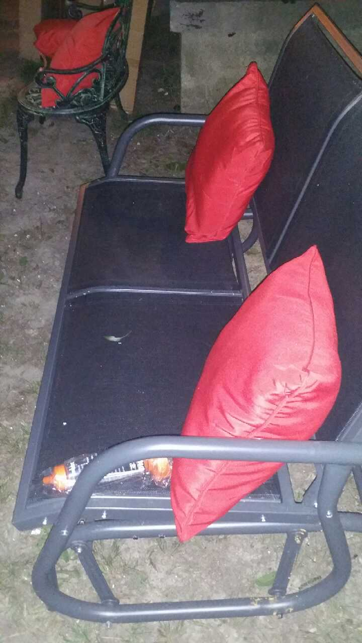 letgo Outsunny sectional patio furniture in Memphis TN