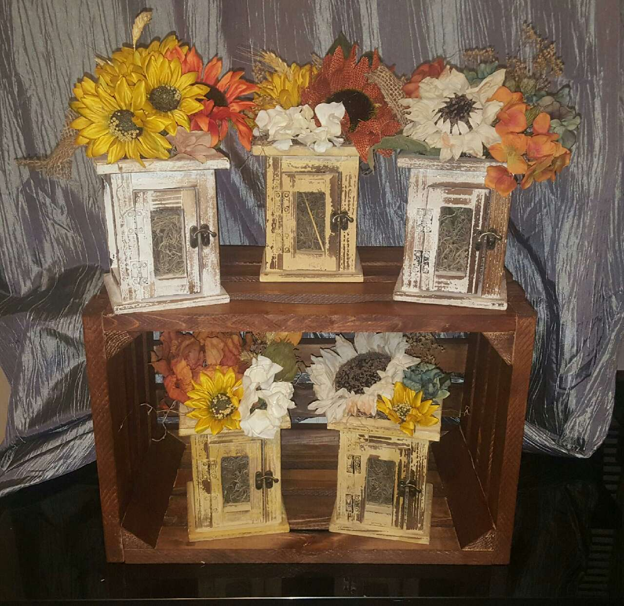 Letgo yellow sunflower table decor in canton oh for Table 6 in canton ohio
