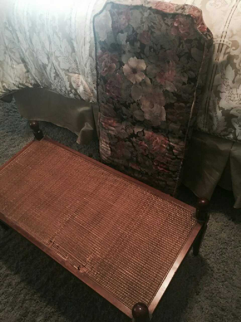 letgo - Matching bedroom set in Las Vegas, NV