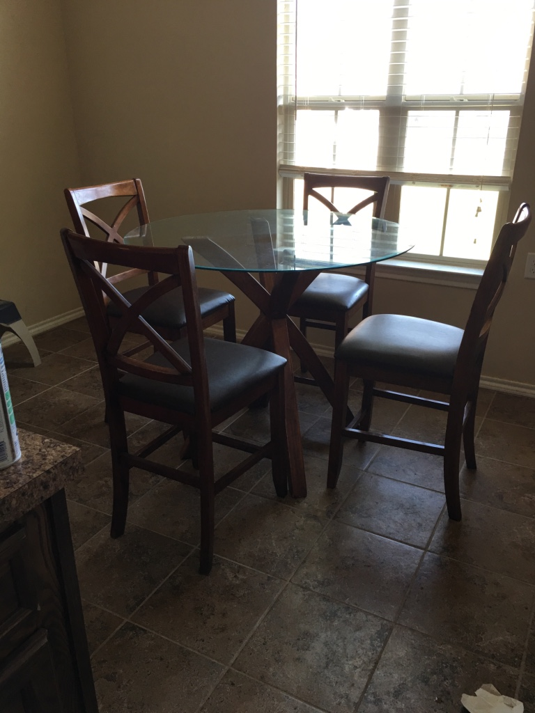 Letgo dining table in lubbock tx for T shaped dining room
