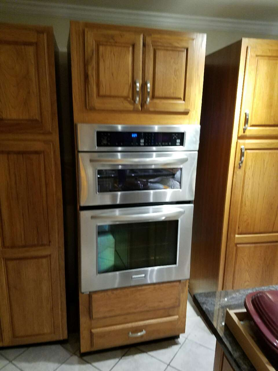 Letgo wall oven microwave combo cabinet in hixson tn for Wall oven microwave combo cabinet