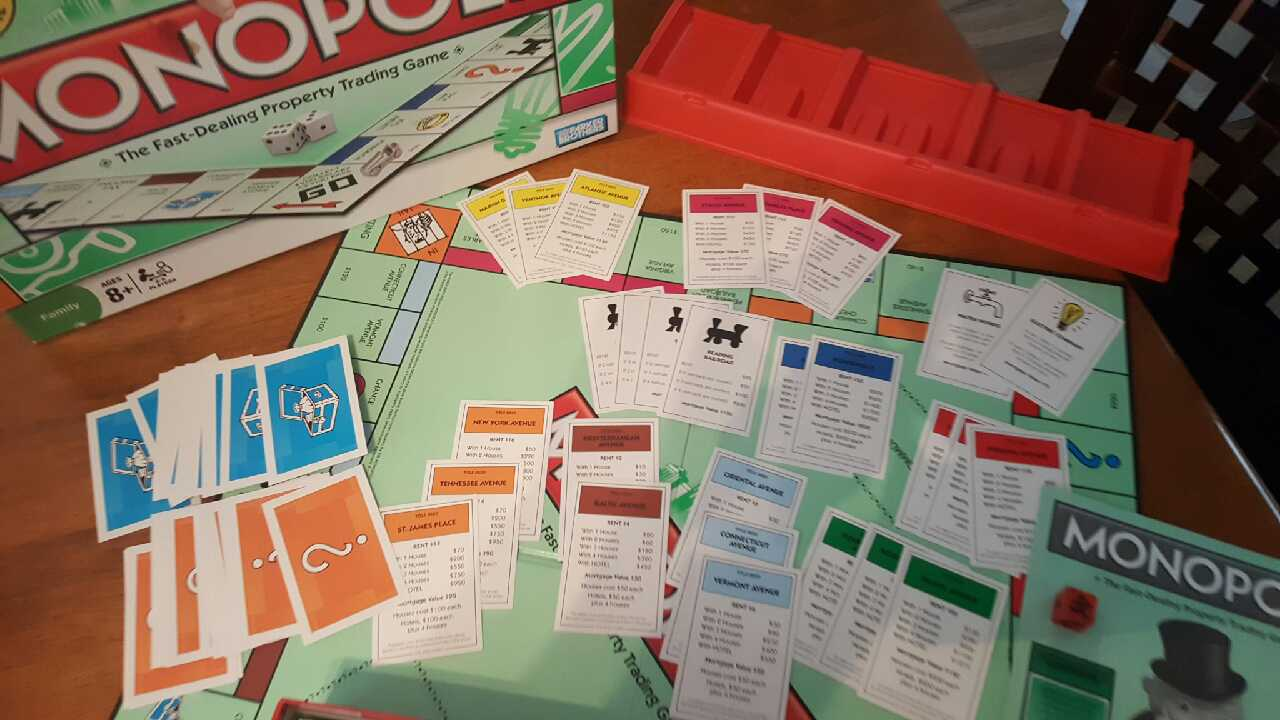 Letgo Monopoly Board Game Near Mint Co In Riverside Oh