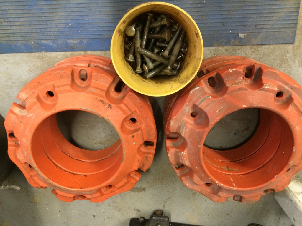 Kubota Wheel Weights : Letgo kubota front fenders in hampton falls nh