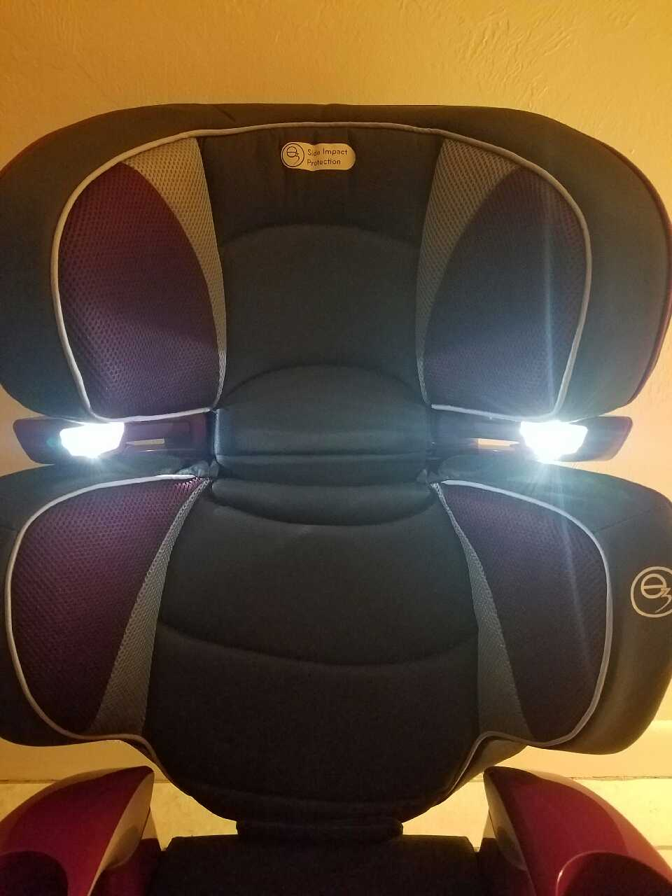 letgo evenflo rightfit booster seat in gainesville fl. Black Bedroom Furniture Sets. Home Design Ideas